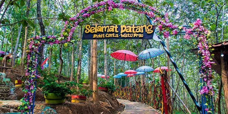 Wisata Hits Nan Romantis Di Bukit Cinta Watu Prahu Klaten