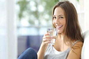 4 Hal Yang Menjadi Kewajiban Untuk Minum Air Putih Bagi Kesehatan