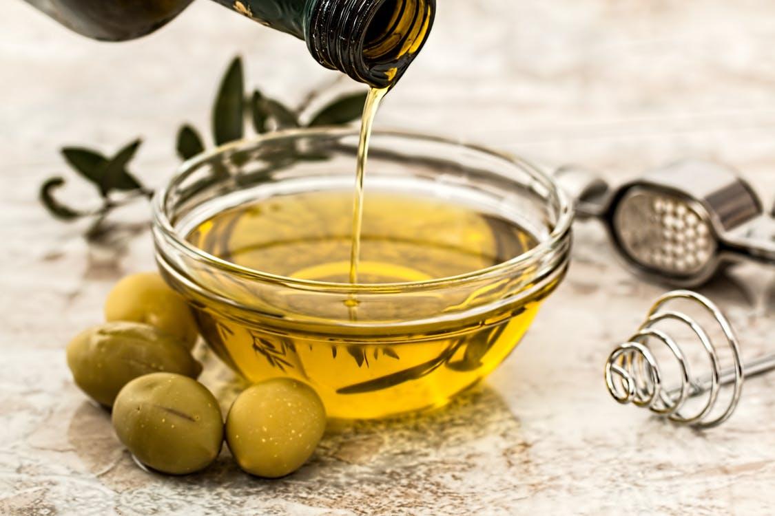 Inilah 6 Manfaat Kesehatan Minyak Zaitun, Jenis, Penggunaan, Penyimpanan dan Tips Membeli