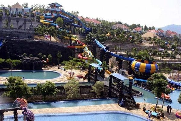 Seru-Seruan Main Air Di Kediri Water Park Wisata Permainan