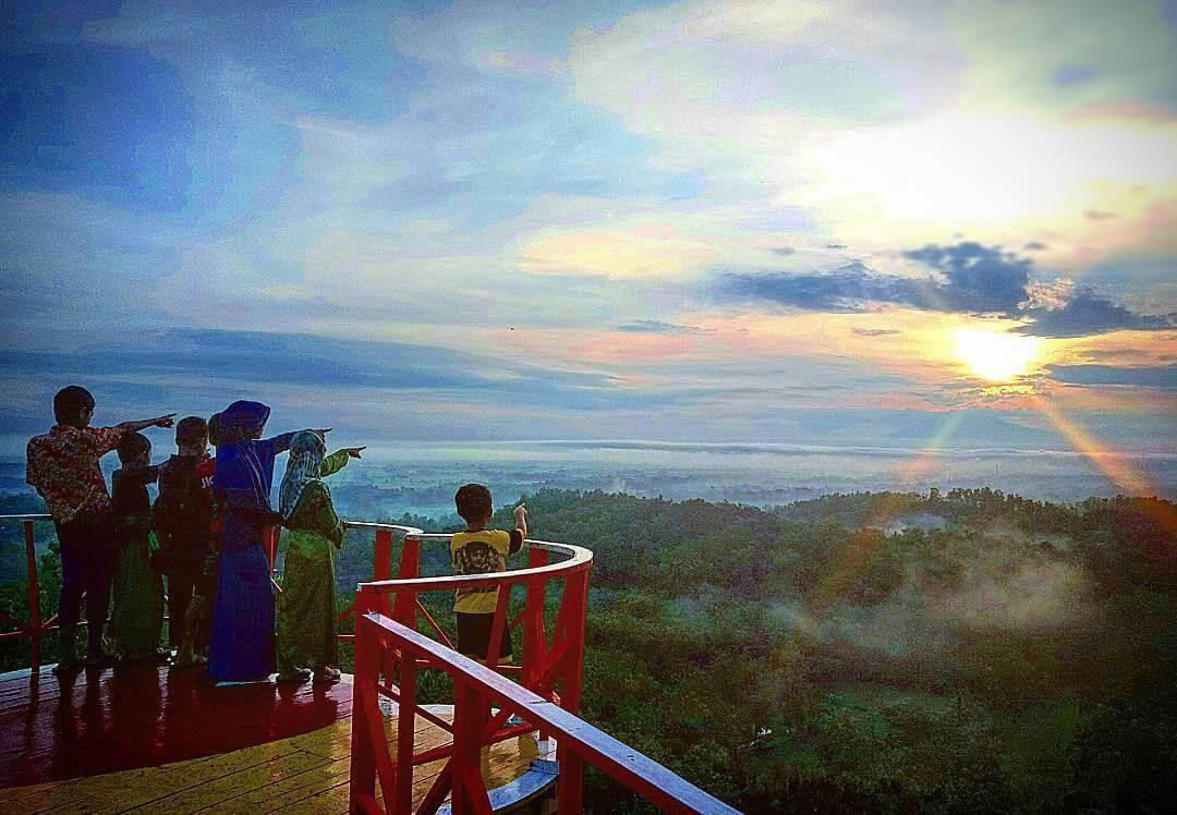 Bukit Cinta Watu Prahu Klaten