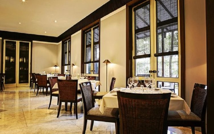 Emilie French Restaurant Restoran Klasik Romantis Jakarta
